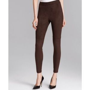 NWT HUE ULTRA SUEDE leggings in espresso brown